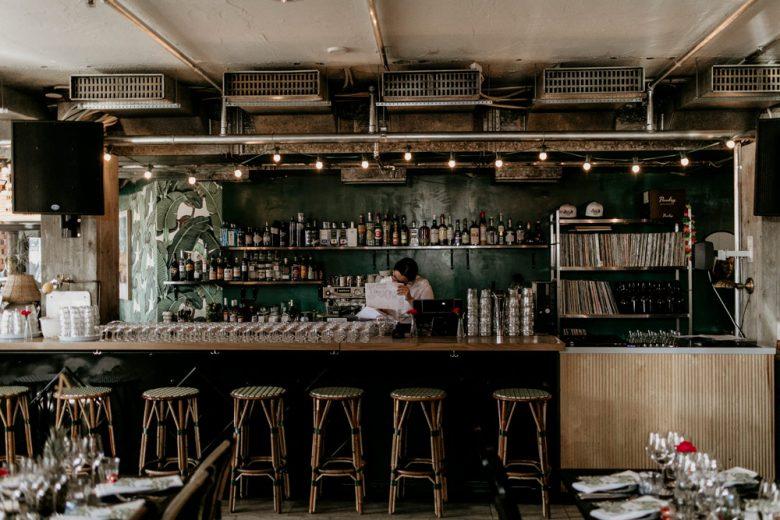Häät Holiday Bar ravintolassa Helsingissä.